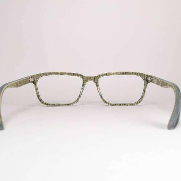 Brille Kabrizi von hinten