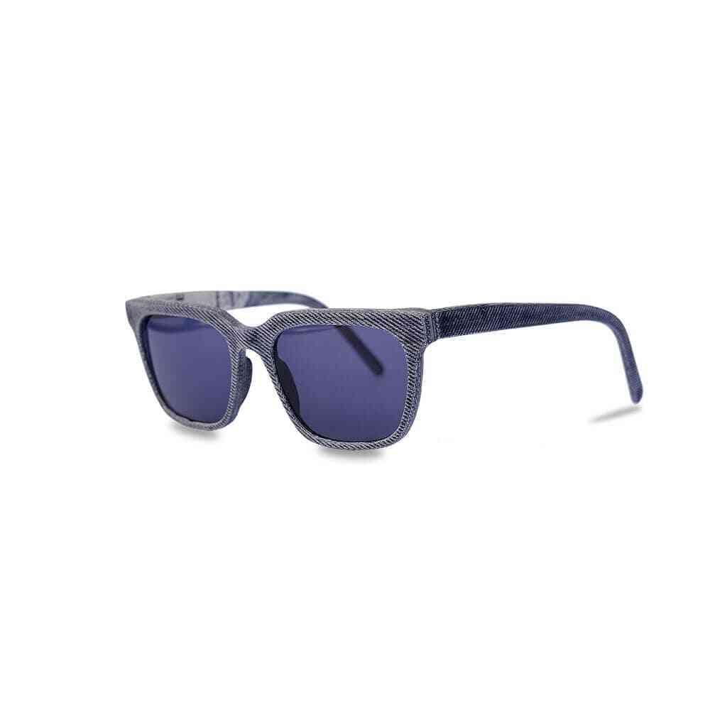Upcycling Sonnenbrille aus Buch und Jeans
