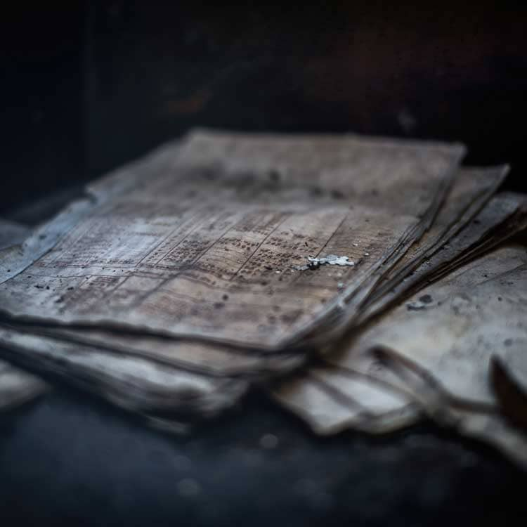 Alte kaputte Bücher upcycling ideen